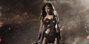 Gal Gadot Shows Off Her Wonder Woman Body!