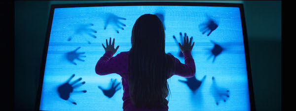 _grd01.086405 - Madison Bowen (Kennedi Clements) discovers apparitions that have invaded her family's home.