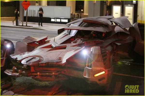 ben-afflecks-batmobile-chased-jared-letos-joker-ride-02