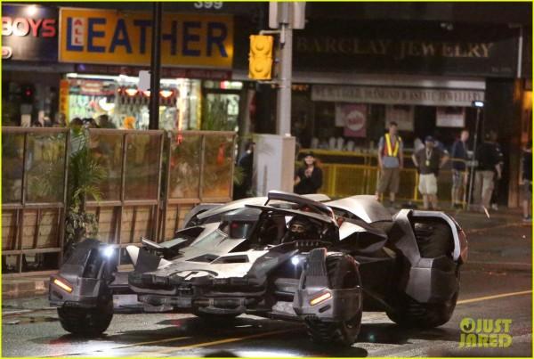 ben-afflecks-batmobile-chased-jared-letos-joker-ride-06