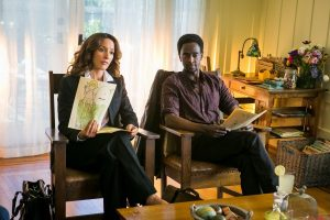 Jennifer Beals and Edi Gathegi in Proof on TNT
