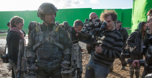 Tom-Cruise-and-Doug-Liman-filming-Edge-of-Tomorrow