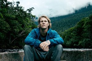 Luke Bracey as Johnny Utah in Point Break