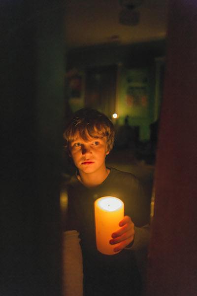 Gabriel Bateman in Lights Out.