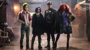 DC's TITANS: Renewed For Season 2 Ahead of Season 1 Premiere