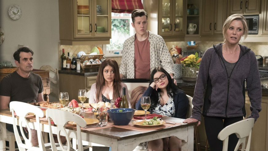 Modern Family: The Complete Tenth Season DVD
