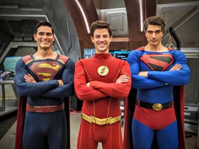 THE CW: – CRISIS ON INFINITE EARTHS PIX
