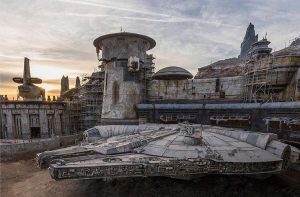 Disney Theme Park's GALAXY'S EDGE, Will There Be A Fan Preview Night?