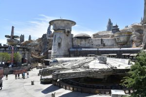 "DISNEYLAND – ""STAR WARS: GALAXY'S EDGE"""