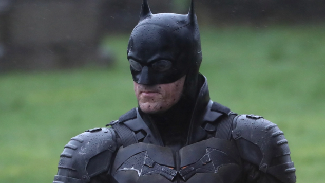 BATSUIT REVEALED!  BUT IS THIS THE FINAL SUIT?